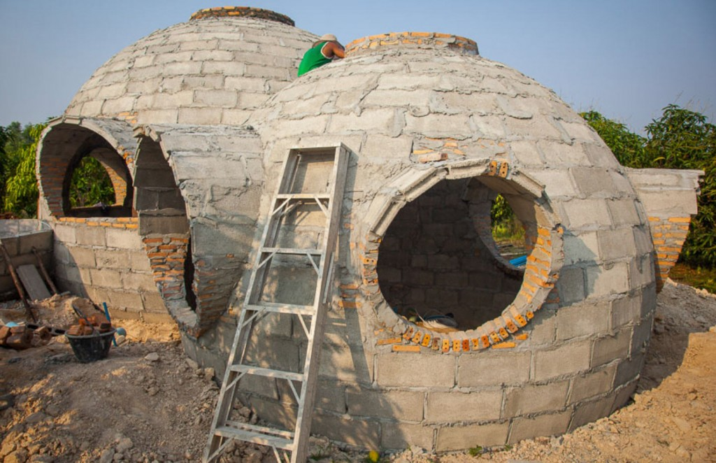 Steve S Ingenious Dome Home Home In The Earth
